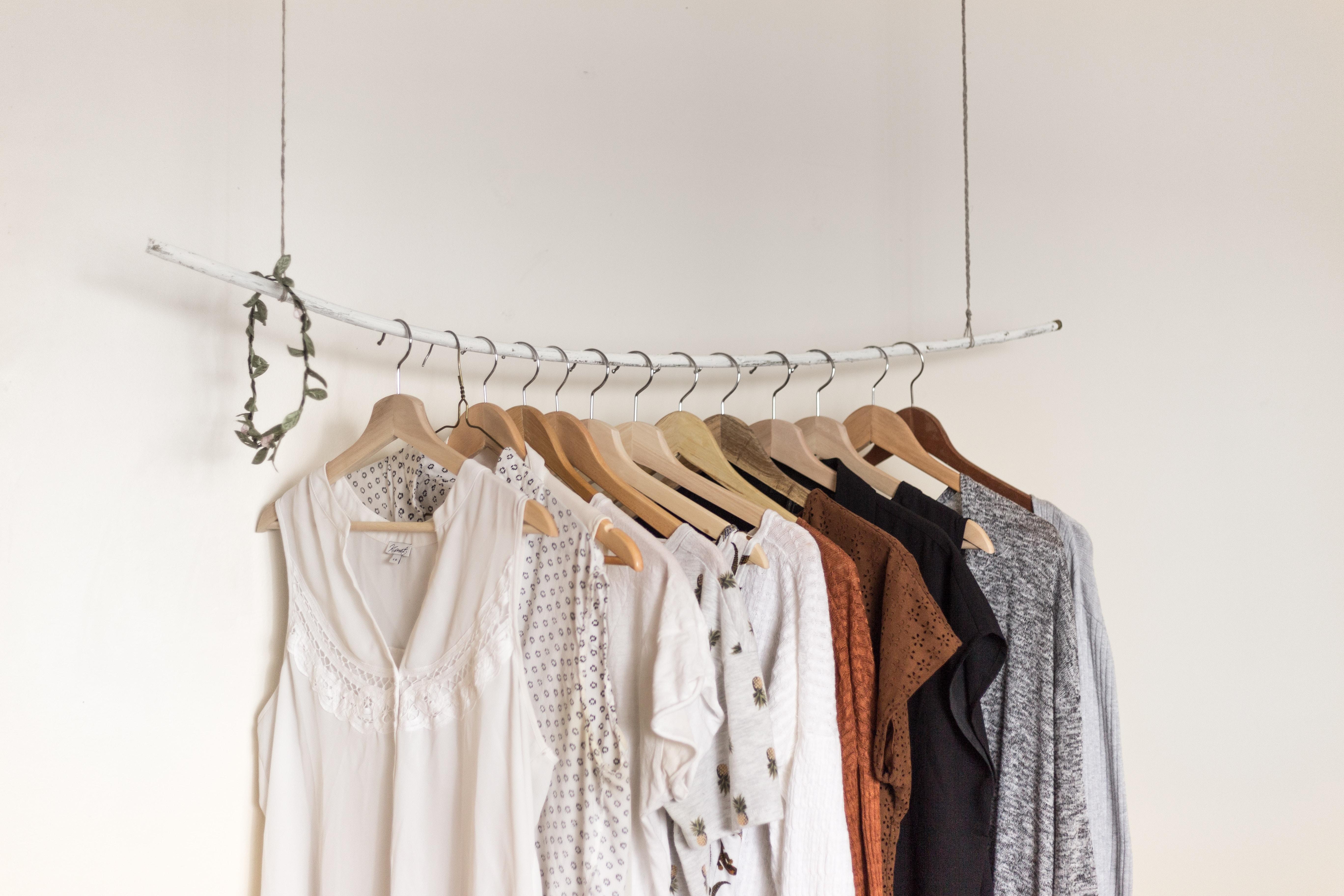 Bekleidung / Clothing